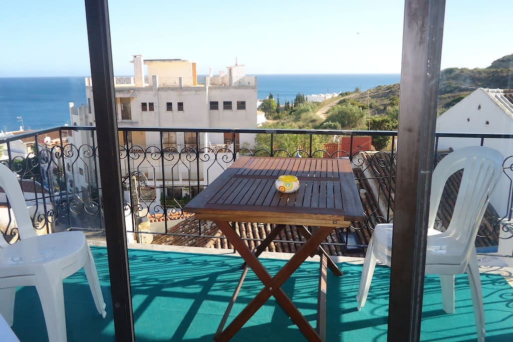 pequeno almoço com vista mar/breakfast with sea view