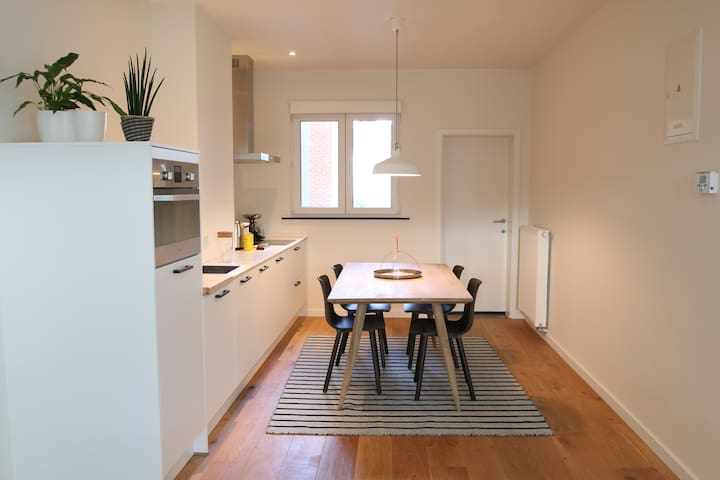 New Apartment close to Central Station - Antwerpen - Lejlighed