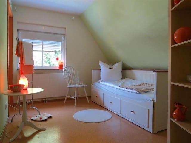 Öko Haus Namaste - Familienzimmer - Oberasbach