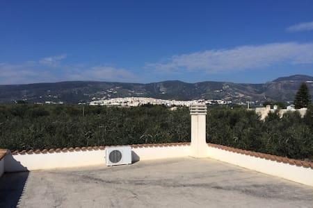 Villa al mare con solarium in terrazza - Mattinata