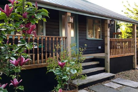 Caban bach, cosy caban close to sea - Saundersfoot
