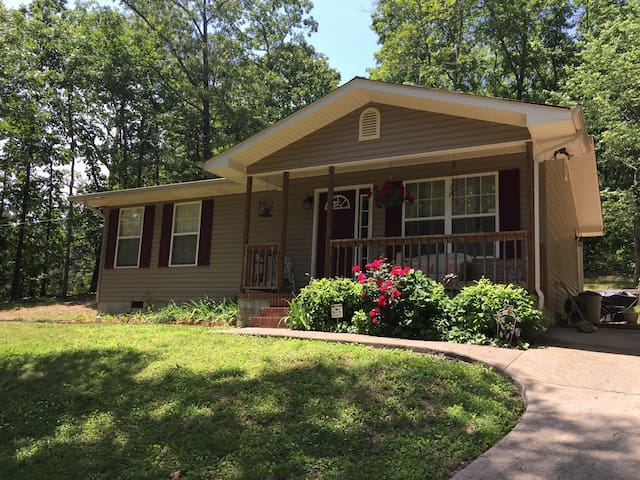 Guest House in the Woods! - Ringgold