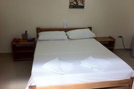 Habitación privada Leticia  - Bed & Breakfast