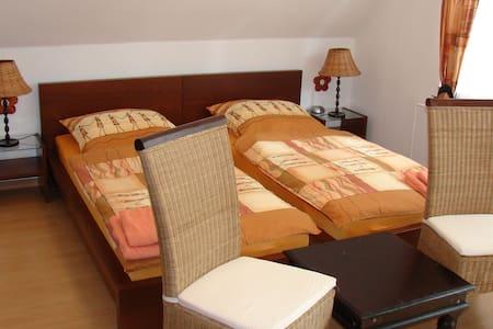 Stadtnahes Doppelzimmer in Niendorf - Hambourg