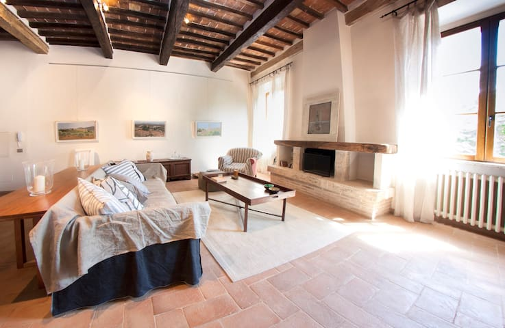 Luxury atelier in medieval village, Cetona - Cetona