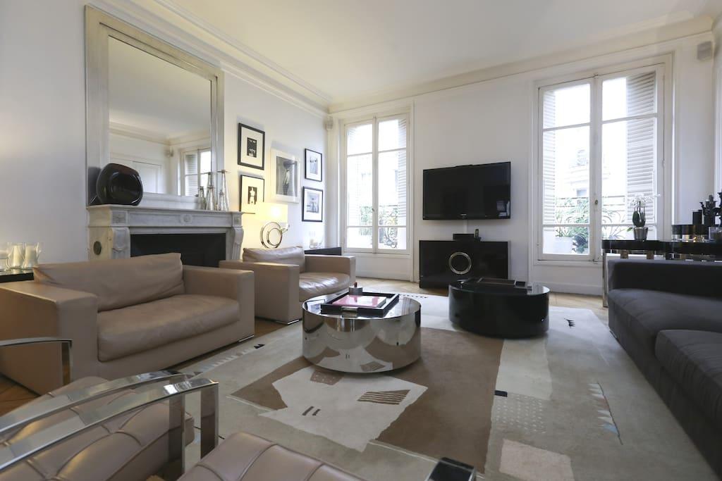 Proche champs elys es luxe 200m2 appartements louer - Interieur appartement original et ultra moderne a paris ...