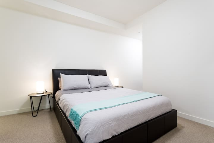 Both bedrooms offer plenty of space, plush queen beds and hotel quality linen professionally cleaned after each stay