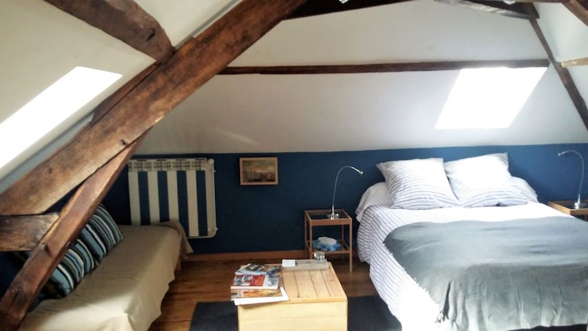 Bed & breakfast dans une maison de charme - Senlis - Bed & Breakfast