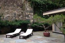 Historical studio Modern ZenHouse 50 min from NYC