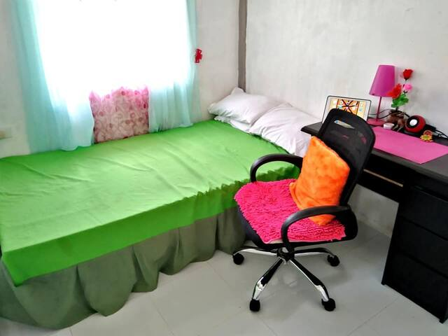 Room 1: Tiled Floor; With Office Desk and Office Chair. Ideal also for office working guests