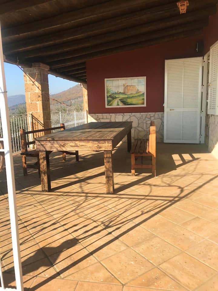 Casa de una habitación en Avella, con magnificas vistas a las montañas y terraza amueblada