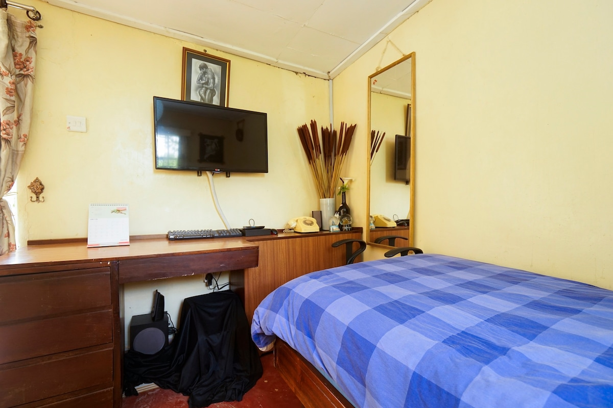 Bed and breakfasts in Kangemi