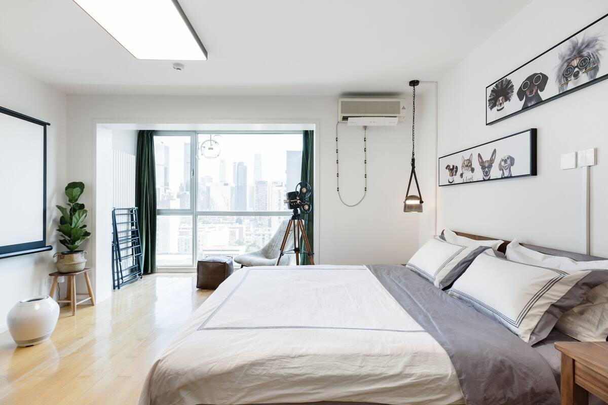 高楼层大落地窗公寓/大尺寸投影/近三里屯、工体、国贸