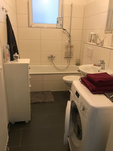 Badezimmer-bathroom
