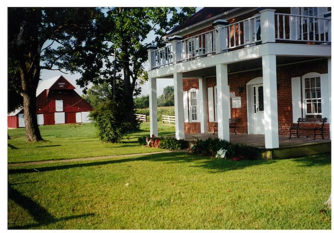 Cross farm DAHLGREN Illinois ((PHONE NUMBER HIDDEN) - Belle Rive - House