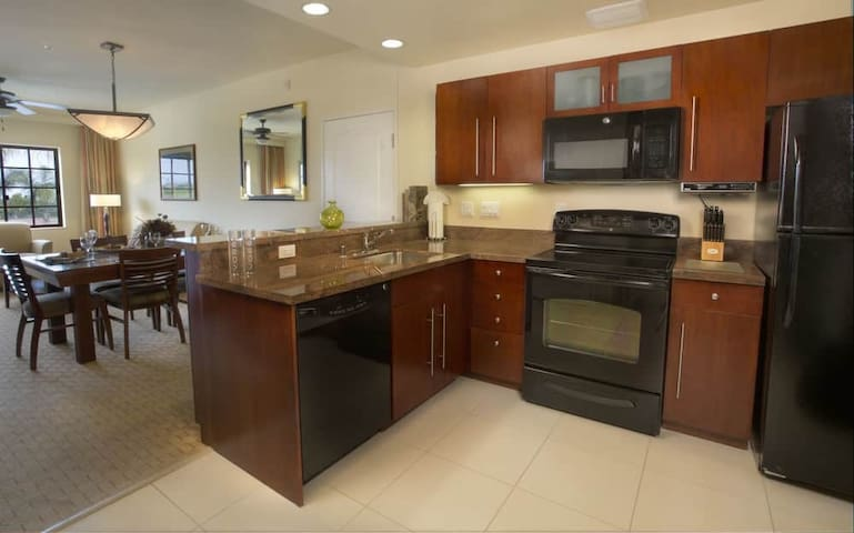 1 Bedroom/1 Bath/Full Kitchen @ Marbrisa Resort