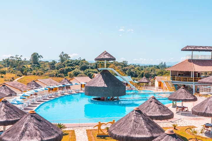 Guapi Parque das Águas Clube