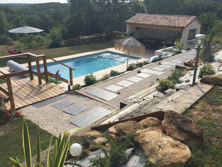 Un Petit coin de paradis au Périgord piscine privé