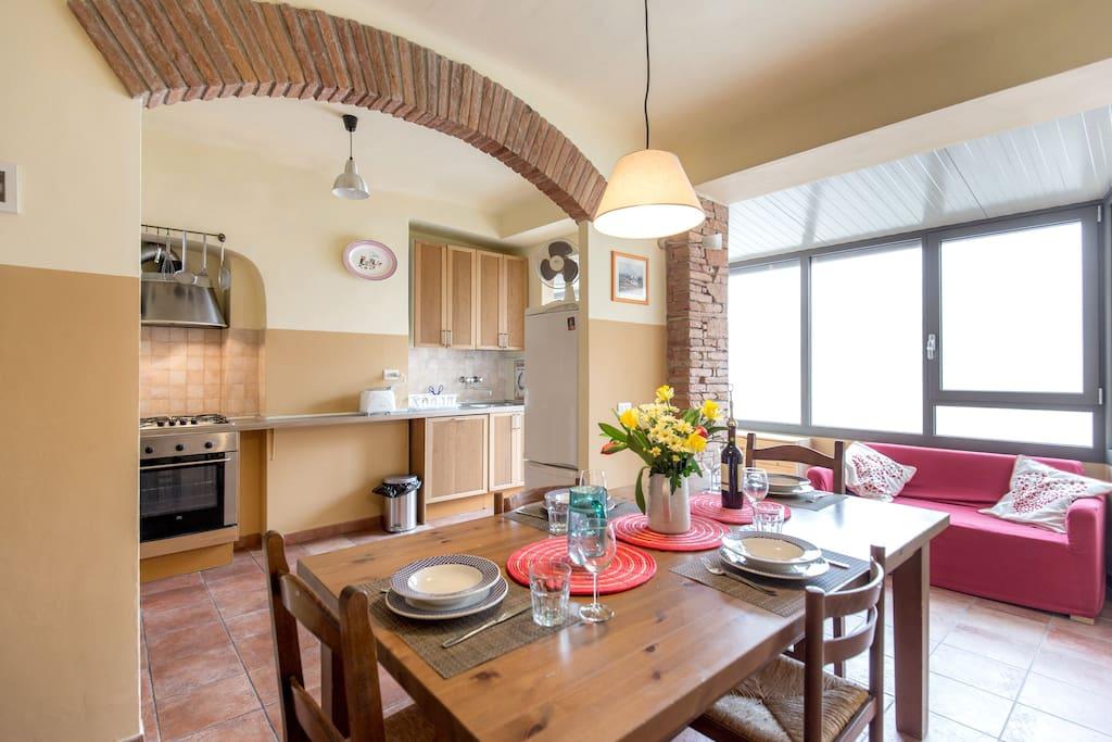 bright spacious oltrarno home wohnungen zur miete in florenz toskana italien. Black Bedroom Furniture Sets. Home Design Ideas