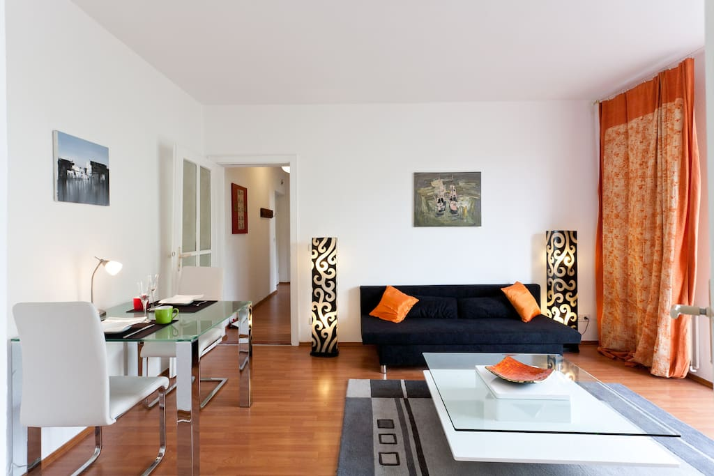 in the heart of prenzlauer berg apartments for rent in berlin berlin germany. Black Bedroom Furniture Sets. Home Design Ideas