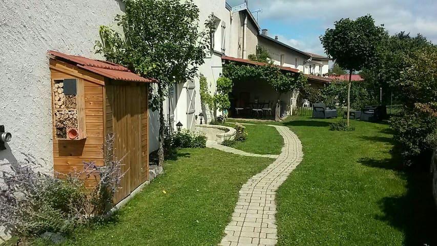 maison de charme à la campagne - Landécourt - Casa
