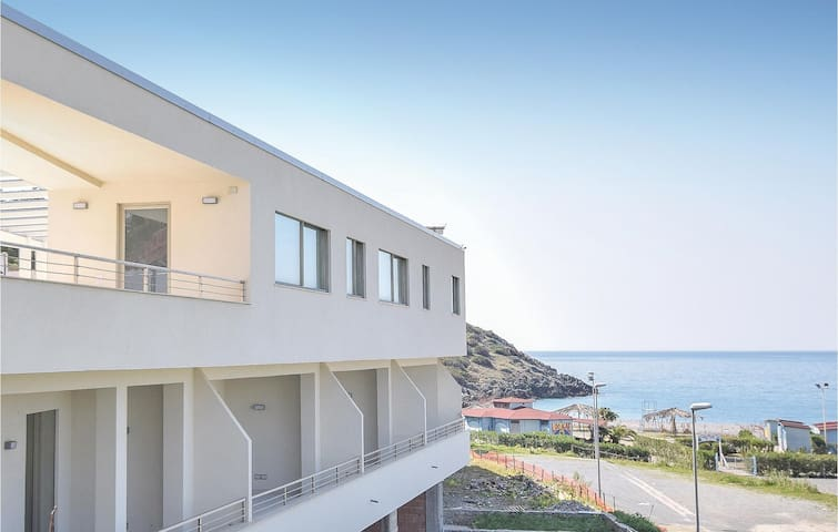 Holiday apartment with 1 bedroom on 50m² in Cirella