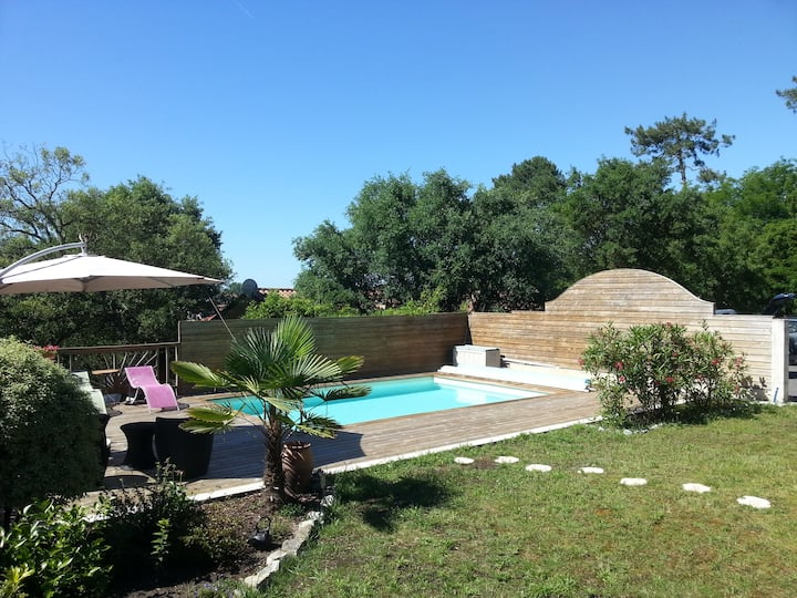 Jolie suite parentale calme, terrasse, piscine Spa