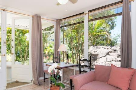 Villa Cortez Amarillo - Escazu - Lägenhet
