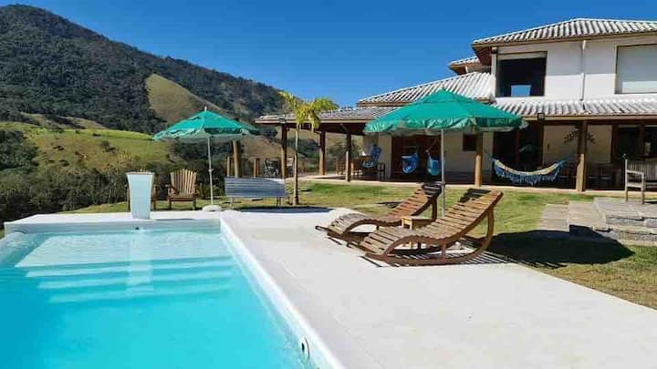 Confortável casa na Serra da Mantiqueira