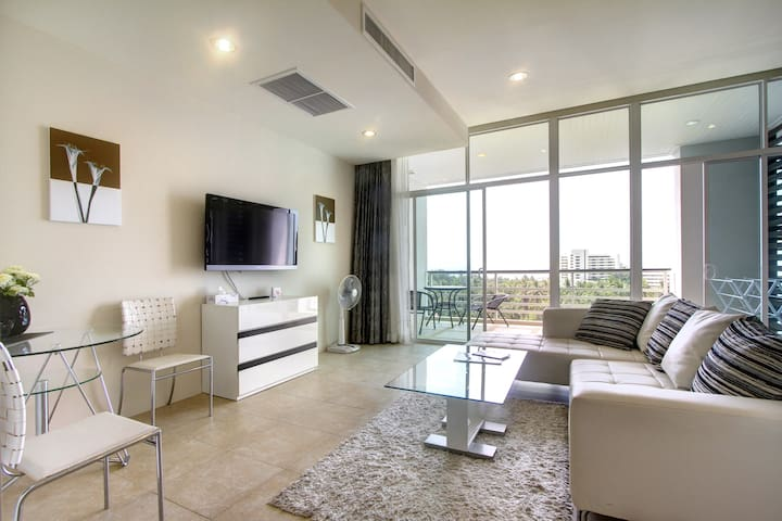 Sunset Sea View Karon Hill Deluxe 78sqm near beach
