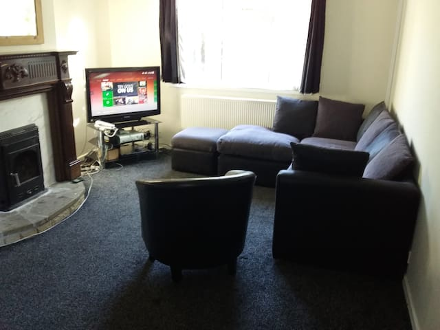 Semi detached House with Wifi - Newcastle upon Tyne - House