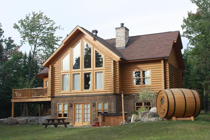 Chalet en bois rond de luxe  - Mille-Isles - Lomamökki