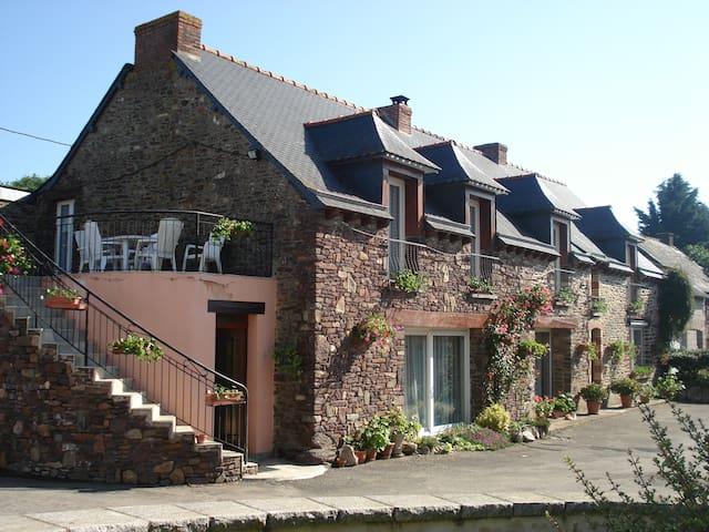 A louer chambres d'hôtes à Concoret en Brocéliande - Concoret