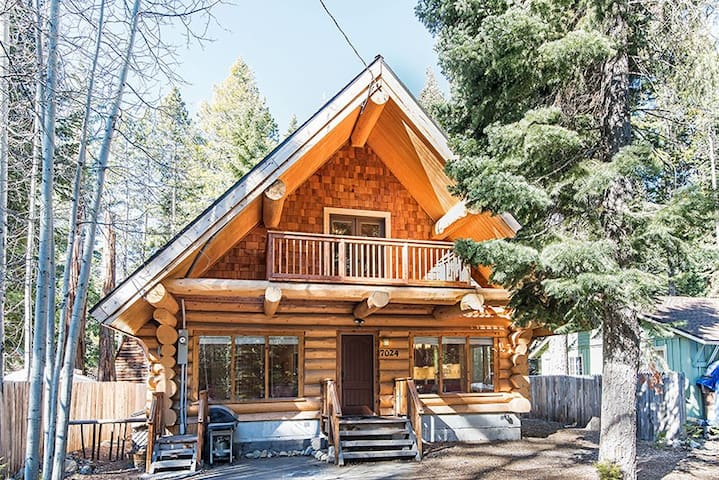 Tahoma 4br3ba Log Cabin 2 Story Cabins For Rent In