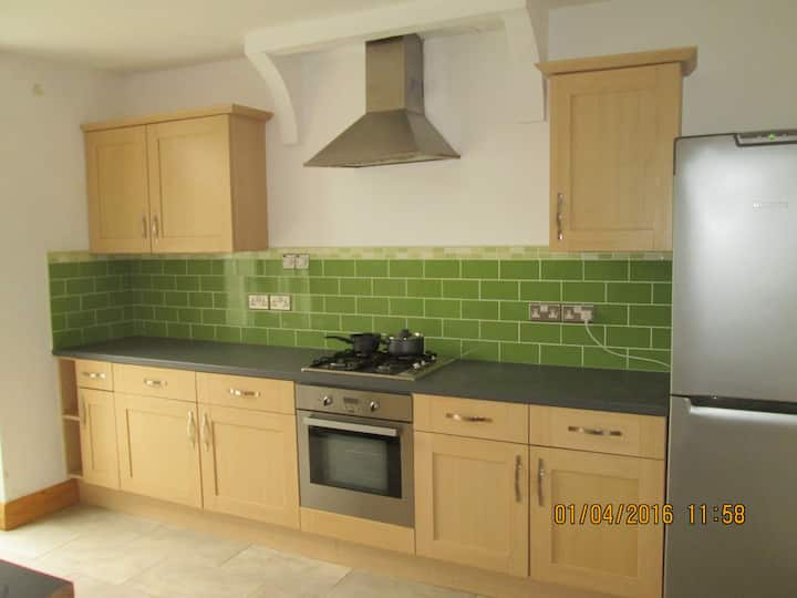 2 Bedroom House 10 mins from the centre. St Judes