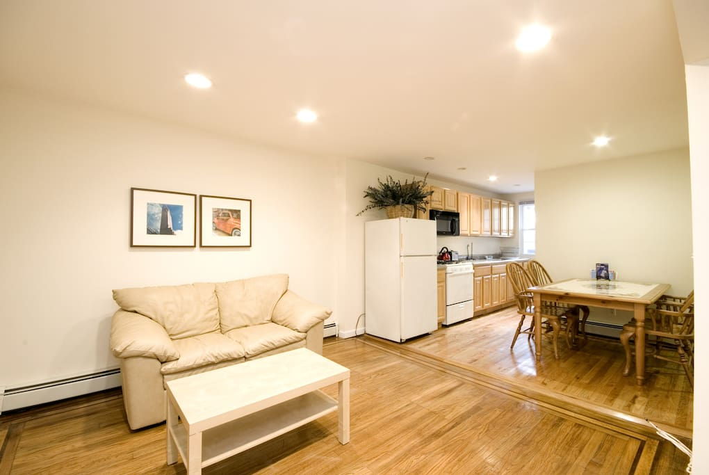 Townhouse Garden Unit Subway To Ny Apartments For Rent