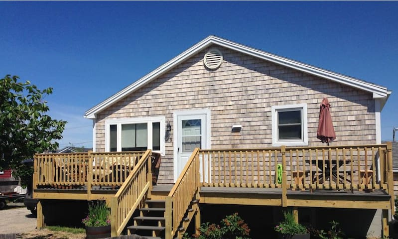The Big Sea 2 - Newburyport Plum Island - House