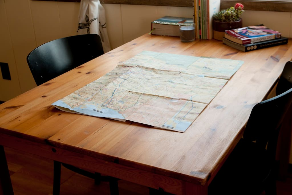 Pine dining table to help you plan your Los Angeles adventures.