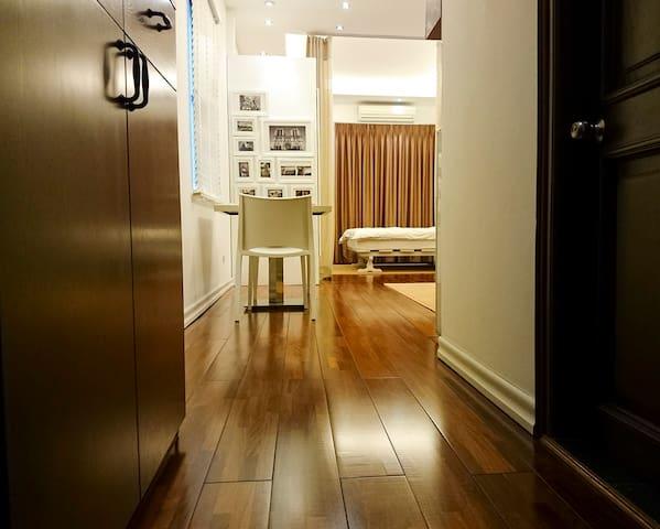 Luxury, Deluxe 1 Bed-room Apartment - Cửa Nam - Appartement