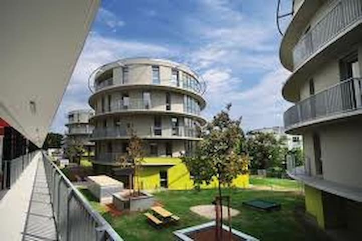 Apartment with 2 rooms and balcony
