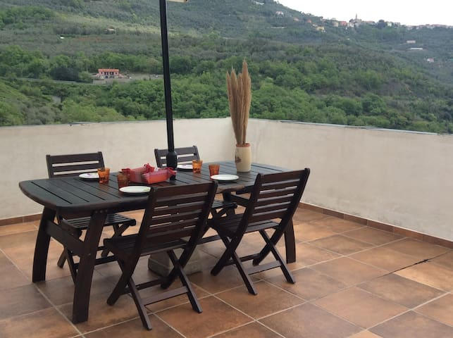 Country chic apartment, Caravonica