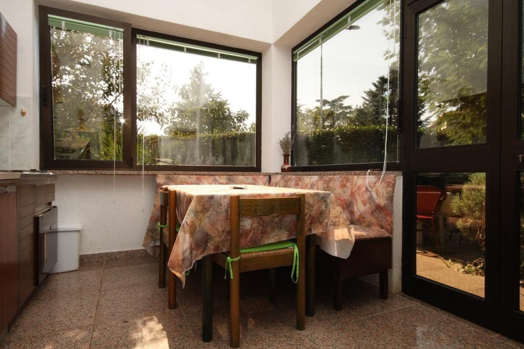 Dining room, Surface: 8 m²
