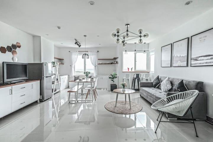 Luxury LaRomance Studio with sea view