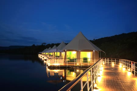 4 Rivers Floating Lodge 1 - Phum Daung Bridge, Tatai - Villa