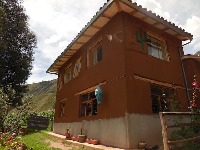 CCA Michi Hampi - Habitación 'Viento'