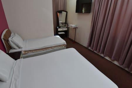 Private Triple Bedroom in KL,BTS - Otros