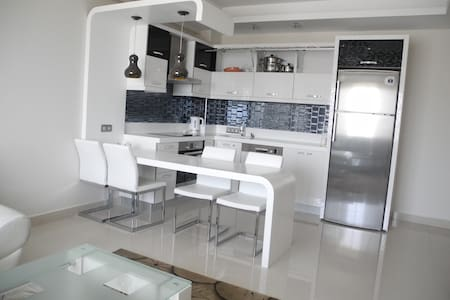 Nice apartment in a luxury complex  - Махмутлар