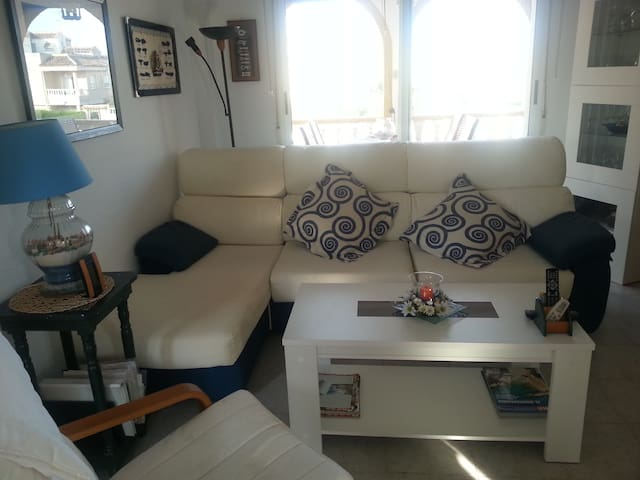 Bungalow Torrevieja - Torrevieja - House