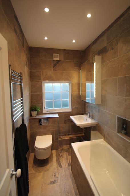 Underfloor heating, bath and shower