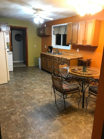 QUAINT and QUIET Entire Apartment Piqua,OH
